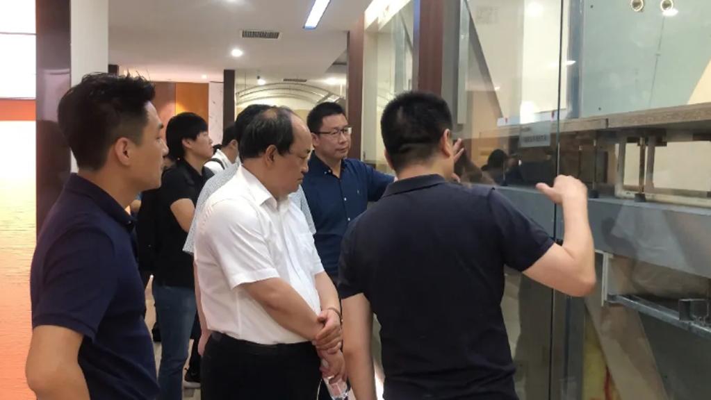 湖南省株洲市政府客人到平博pinnacle汇考察,人工智能应用场景备受关注