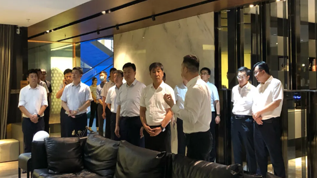 青岛市委常委、组织部长李伟一行到平博pinnacle汇调研